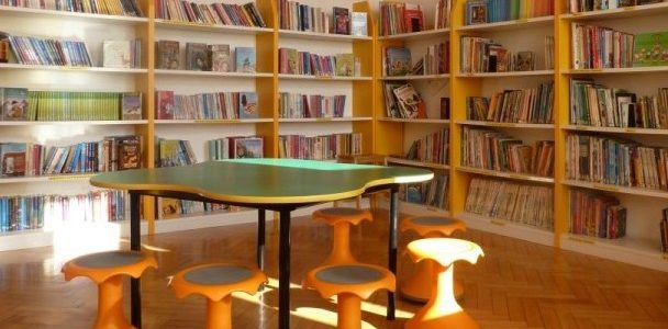 DRINGEND ehrenamtliche Helfer für unsere Schülerbibliothek gesucht!