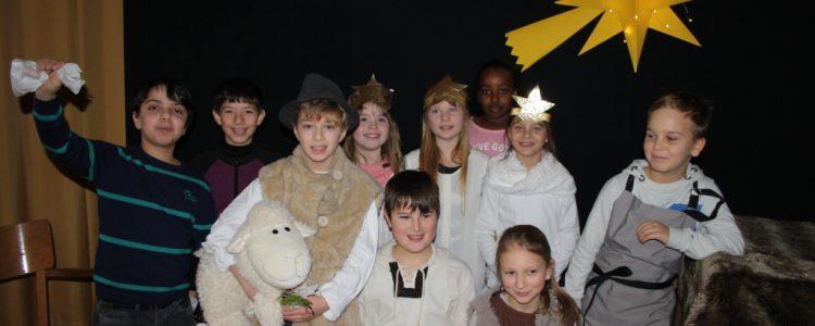 Weihnachtsfeier für die Kinder in der Nachmittagsbetreuung